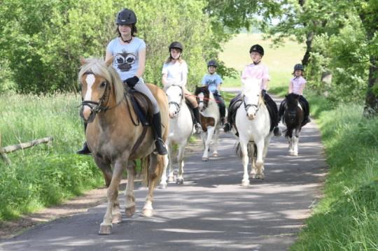 Reiterferien für Kinder im Gelände